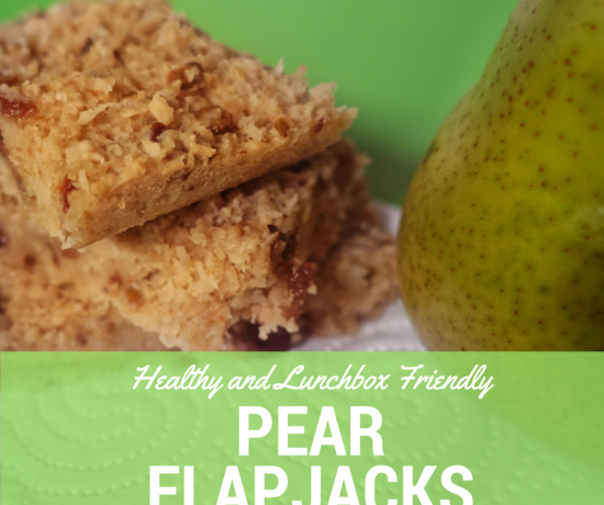Healthy and Lunchbox Friendly Pear Flapjacks (Muesli Bars) | Play with Food