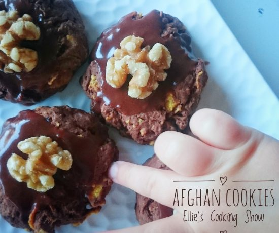 Ellie's Cooking Show, Episode 13, Afghan Cookies